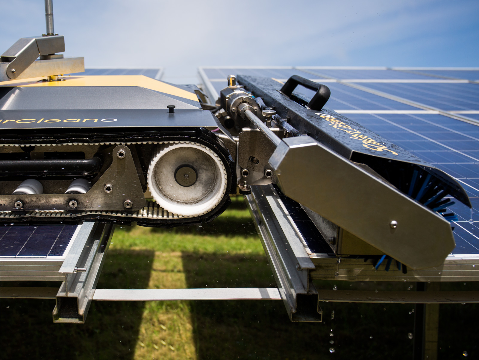 With Solarcleano And Dunkermotoren To An Economic And